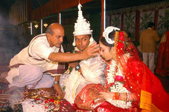 Bengaalse huwelijksRituelen in India Stock Foto's