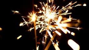 Bengalas ardientes Luces de la Navidad y del Año Nuevo Imágenes de archivo libres de regalías