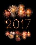 2017 bengalas del fuego artificial de la Feliz Año Nuevo Imagenes de archivo