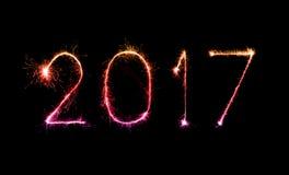 2017 bengalas del fuego artificial de la Feliz Año Nuevo Foto de archivo