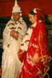 bengali gifta sig för india ritualer Arkivfoto