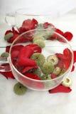 Bengel mit den rosafarbenen Blumenblättern Stockbilder