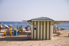 BENIDORM, ИСПАНИЯ - 15-ое сентября 2013: Доступность пляжа Стоковое фото RF