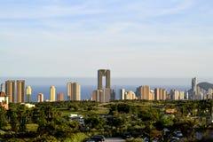 Benidorm Hiszpania Widok na Intempo budynku i miasteczku zdjęcia royalty free