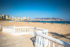 Benidorm Poniente strand in het Middellandse-Zeegebied van Alicante van Spanje royalty-vrije stock foto