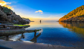 Benirras海滩冬天伊维萨岛 免版税库存图片