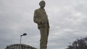 Benito Quinquela Martin-Monument an La Boca-Nachbarschaft stock footage