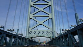 Benjamin Franklin Bridge i Philadelphia Arkivfoto