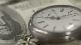 Benjamin Franklin 100 dollarräkning, pengar, tid, finansiellt system arkivfilmer
