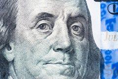 Benjamin Franklin font face au macro sur le billet d'un dollar d'Etats-Unis Photographie stock libre de droits