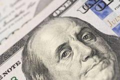 Benjamin Franklin na sto dolarach banknot?w zdjęcia stock