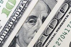 Benjamin Franklin ` s ono przygląda się od dolara rachunku Oczy Benjamin Franklin na sto dolarowych banknotach, tła, zdjęcia stock