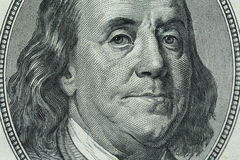 Benjamin Franklin-` s Porträt auf hundert Dollarschein Lizenzfreies Stockbild