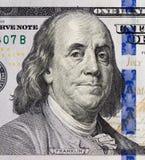 Benjamin Franklin stående på 100 dollar sedel Royaltyfri Fotografi