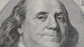 Benjamine Franklin-Porträt auf hundert Dollarschein stock footage