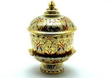 Benjarong, Tajlandzka porcelana z projektami w Wielo- Barwionym Zdjęcia Royalty Free