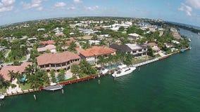 Bens imobiliários da margem na opinião aérea de Boca Raton video estoque
