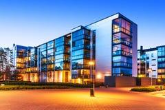 Bens imobiliários modernos Imagens de Stock Royalty Free