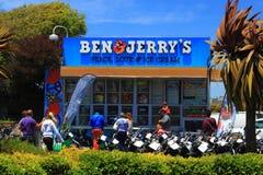 Bens Jerrys glass shoppar Arkivbilder