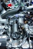 Bensin tankade bilmotorn Arkivbilder