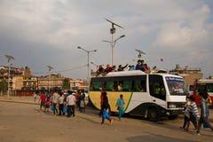 Bensinbristkris i Katmandu, Nepal Arkivbild