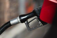 Bensinstation dysa för gaspump arkivfoton