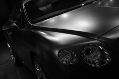 Bentley Continenta GT Mulliner i svartvitt Arkivfoto