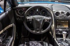 Bentley Continental GT rusar inre Fotografering för Bildbyråer
