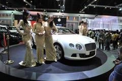 Bentley GT som är kontinental på skärm på en motorShow Fotografering för Bildbyråer