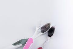 Benutzte alte Zahnbürste Lizenzfreies Stockfoto
