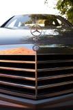 Benutzter S-klasse langer (W221) Stand Autos S350 Mercedes-Benzs auf einem stree Lizenzfreies Stockfoto