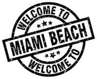 Benvenuto al bollo di Miami Beach Royalty Illustrazione gratis