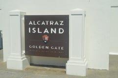 Benvenuto a Alcatraz Abbiamo visitato questa grande Isola-prigione Architettura di feste di viaggio immagine stock libera da diritti