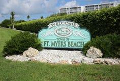 Benvenuto alla città del segno forte di Myers Beach fotografia stock
