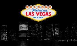 Benvenuto a Las Vegas favolosa Nevada Retro benvenuto classico al segno di Las Vegas sul grande fondo della città Moderno semplic royalty illustrazione gratis