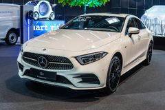 Benz CLS 400 δ 4Matic Coupe, τρίτη γενιά, C257, φορείο 4 πορτών της Mercedes στοκ εικόνες