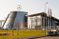 benz headquarter Mercedes Zdjęcia Royalty Free