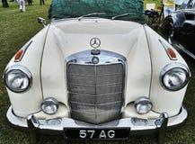 Benz Mercedez γεγονότα αυτοκινήτων κλασικών Στοκ φωτογραφία με δικαίωμα ελεύθερης χρήσης