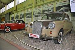 Benz retro de Mercedes del coche fotografía de archivo libre de regalías