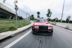 Benz w124 di Mercedes soltanto un'abitudine in Tailandia immagine stock