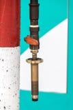 Benzinestation met pompen royalty-vrije stock afbeeldingen