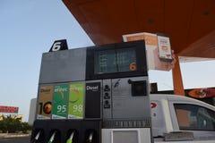 Benzinestation op Fuerteventura, Canarische Eilanden Royalty-vrije Stock Afbeeldingen