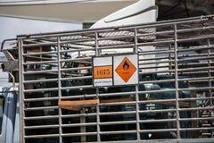 Benzynowa ciężarówka Unic firma gazowa zdjęcie stock