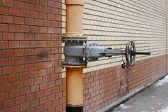 Benzynowa energetycznego systemu klapa i piszczy mnóstwo przestrzeń dla teksta Fotografia Royalty Free