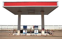 Benzynowa lpg ciekłych rop naftowych benzynowa stacja odizolowywał biel Fotografia Stock