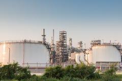 Benzynowego zbiornika oleju zakład petrochemiczny Obraz Royalty Free