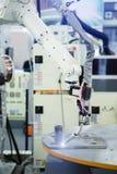 Benzynowy krajacz na robot ręce obraz stock