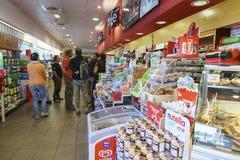 Benzynowy sklep inside Zdjęcie Royalty Free