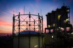 Benzynowy zbiornik i silosy Zdjęcie Stock