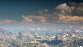 Beobachtungsstelle Pyrenäen Frankreich Pic DU Midi stock footage